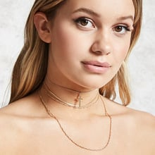 Zuowen Cross Pendant Necklace for Women Multilayer Choker Necklace Fine Chain Necklace Jewelry for Women