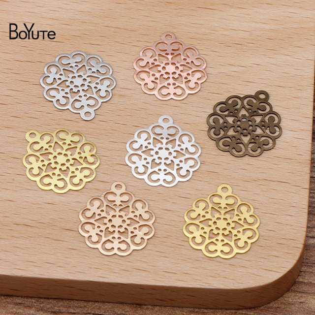 BoYuTe 200Pcs 7 Colors 15*17MM European Vintage Charms Wholesale Brass Material DIY Jewelry Filigree Flower Pendant Charms