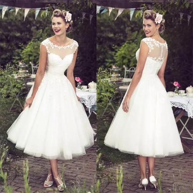2020 New Collection Vintage Ivory Lace Wedding Dresses Sexy Sheer Neck Cap Sleeves Tea Length Custom Made Plus Size Bridal Gowns