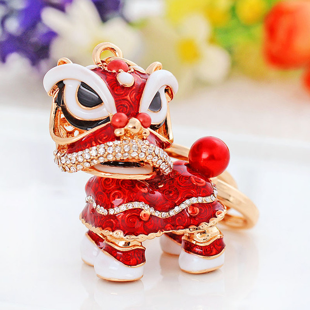 LUNASBORE Chinese Festival Rotatable Lion Dance Men Car Keychain Crystal Lucky Mascot Key Chain Ring Women Bags Holder Charm