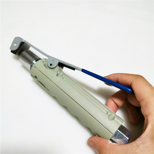 Hand-Held Pneumatic Sandblasting Tool Portable Rust Blasting Machine Accessories Blasting Nozzle Heads