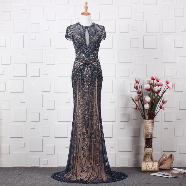 Stunning Mermaid Evening Celebrity Dress Sexy Keyhole Jewel Neck Short Sleeves Prom Party Gowns Sweep Train
