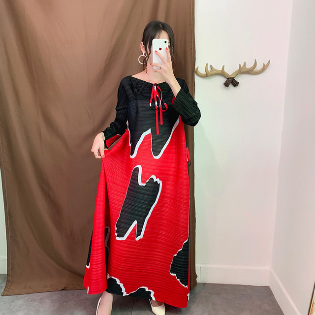 New Autumn Miyake Pleated Dress O-Neck Print  Ankle-Length Plus Size Dress High Quality Fashion Wrinkle Long Dresses for Women