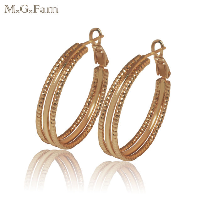 MGFam 18 K Yellow Glod Color Earrings 3 Hoops Women Circle No Stone Classic Style