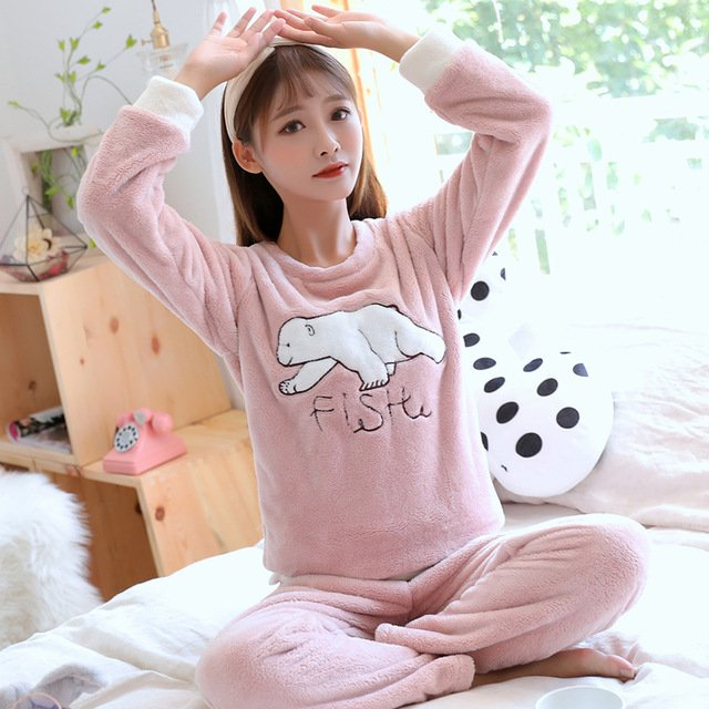 JINUO 2018 New Autumn Winter Women Casual Flannel Pajamas Sets Young Ladies Animal Polar Bear Indoor Soft Casual Sleepwear