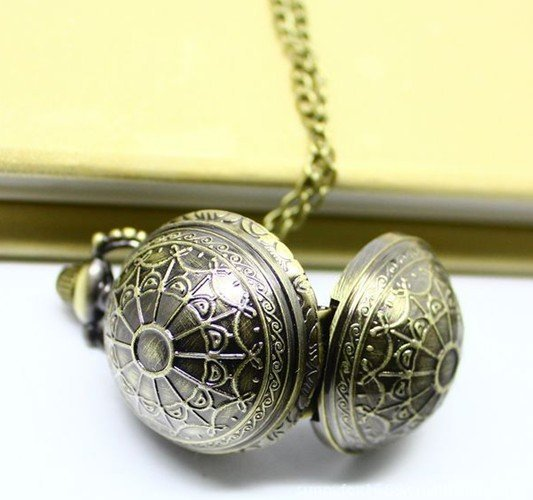 (3081) 12pcs/lot Steampunk Style VINTAGE Sphere Ball Quart Watch Necklace.Christmas tee Deco gift .