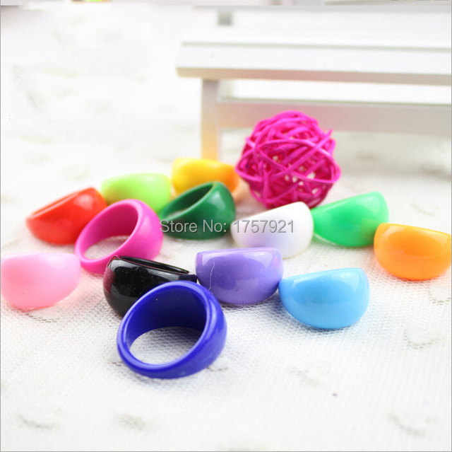 Wholesale lots 20Pcs candy-color Rings Adult Acrylic Lucite Resin Rings 17-19mm Free Shipping
