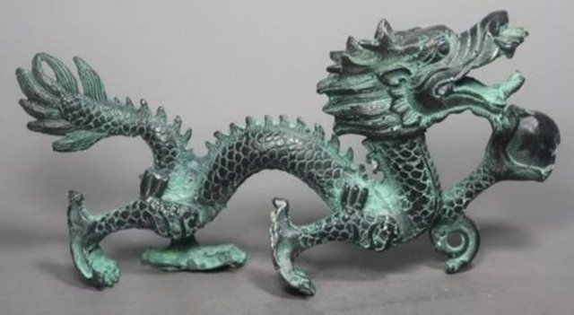 Elaborate Collection Chinese Folk Old Bronze Handwork Dragon Statue