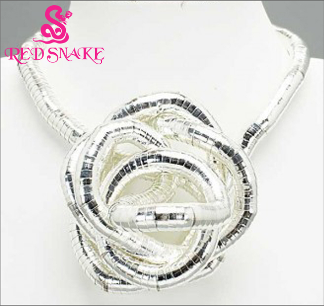 RED SNAKE Retail  Silver Plated Punk Necklace Twistable Flexible Bendable  Bendy Snake Necklace Manufactory Price