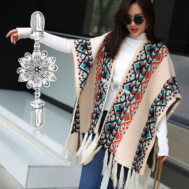 SOLEDI Shawl Clip Blouse Brooches Crystal Shirt Sweater Clip Women Cardigan Scarves Connection Buckle Shawl Sweaters