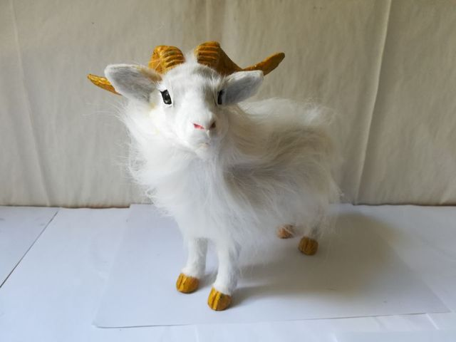 plastic&fur white goat hard model about 19x16cm simulation sheep stage prop craft home decoration toy gift w0226