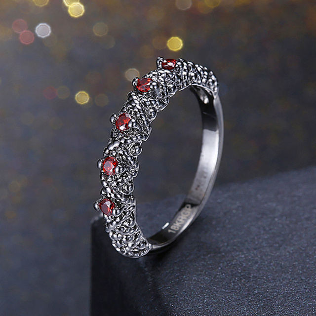 Green Stone Wedding Rings For Women With Cubic Zirconia Black Color Crystals Engagement Rings Female Jewelry Vintage Ring