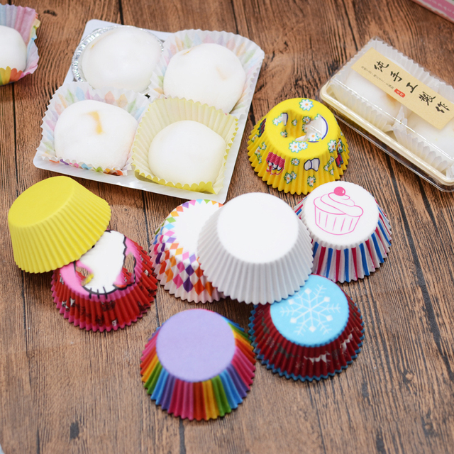 100pcs New 100Pcs/Lot Dotted Mini Paper Baking Cups Liner Muffin Cupcake Paper Cake Case Party Cake Decoration Dessert Tools