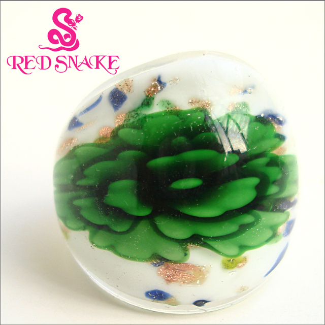 RED SNAKE Fashion Ring Handmade White Background color with Green flower opaque Murano Glass Rings