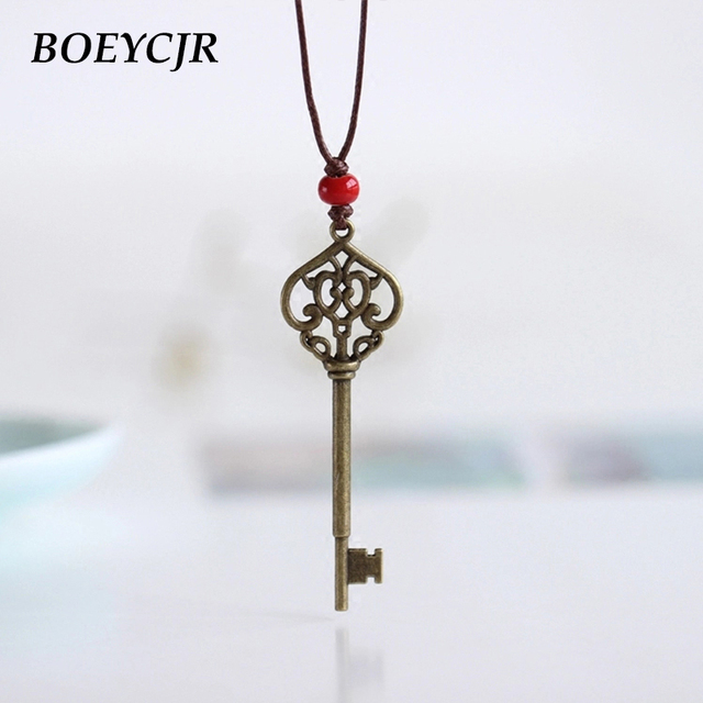 BOEYCJR Punk Vintage Copper Key Necklace Chain Handmade Fashion Jewelry Adjustable Pendant Necklace for Women Jewelry Gift