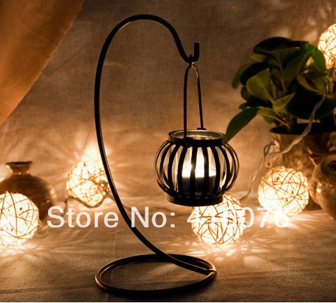 European Rural Style Lantern Metal Candle Holder with Stand Home Decoration Wedding Gift Hot Selling C1002