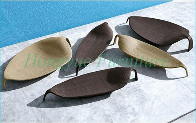 High quality rattan material leaves shape chaise lounge chair furniture