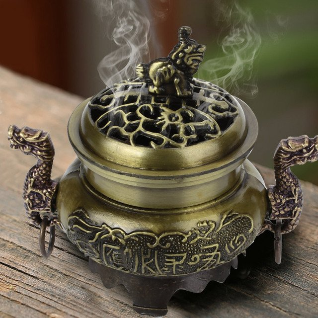 Hollowing out Cover Incense Burners Chinese Dragon Cone Holder Hotel Classic Antique Aromatherapy Diffuser Relax Censer Burner