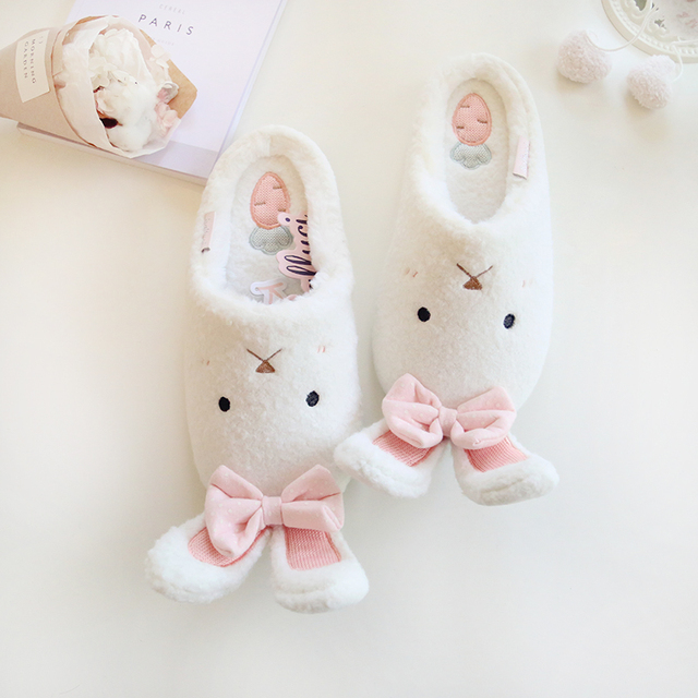 RUIYEE floor shoes 2018 spring and summer new warm soft shoes ladies room mute slippers month shoes white pink flat slippers