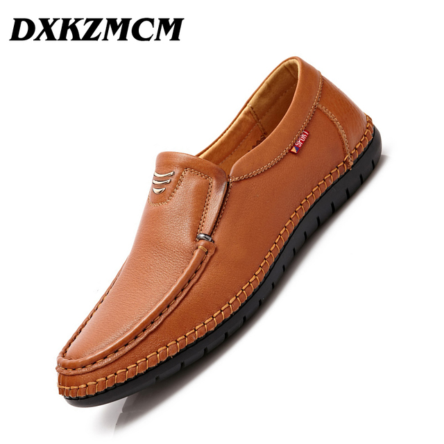 DXKZMCM Handmade Soft Moccasins Men Loafers Casual Genuine Leather Shoes Men Flats Driving Shoes