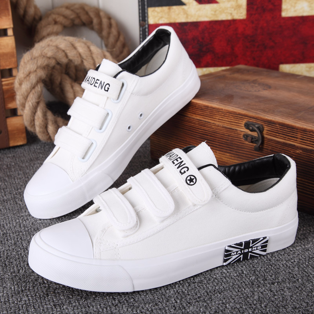 Spring Autumn Newest Style Low Top Mens Canvas Shoes Male Flat Sneakers White and Black Mens Casual Shoes Sapato Masculino B4-02