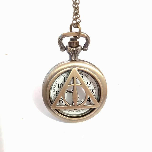 Vintage The Deathly Hallows Quartz Pocket Watch Bronze  Triangle Hollow Pattern Pendant Clock With Chain Children Gift