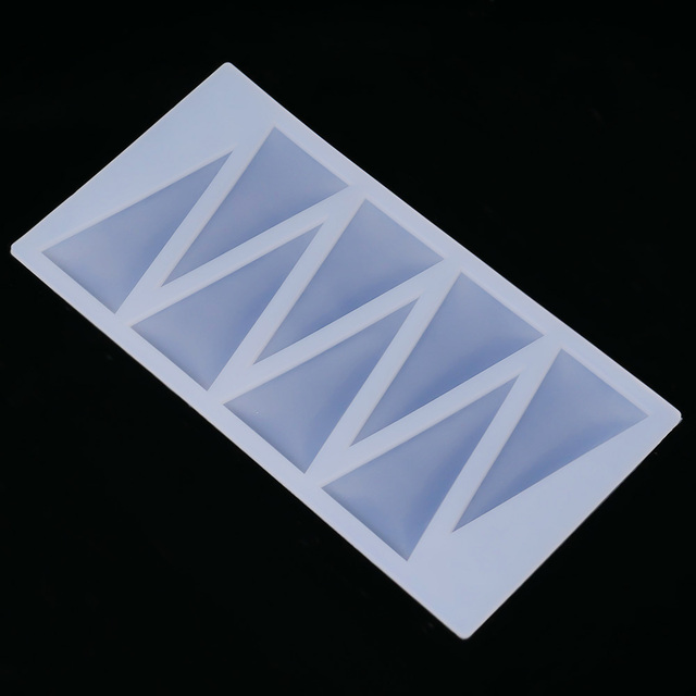 DIY Cake Decorating Tools Triangle Shape Silicone Chocolate Mold Cake Molds Kitchen Bakeware Chocolate Tools Cake Border Stencil