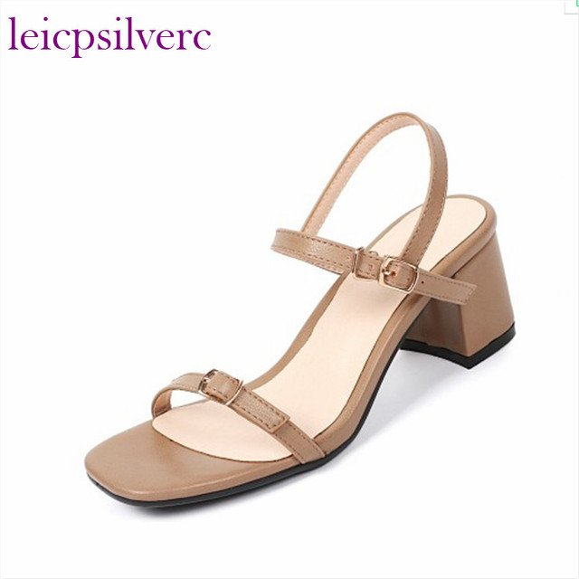 2018 New Style Fashion Women Pumps Sandals Sexy Square Heels Peep Toe Pleated Wedding High Heels Shoes Word Band Buckles