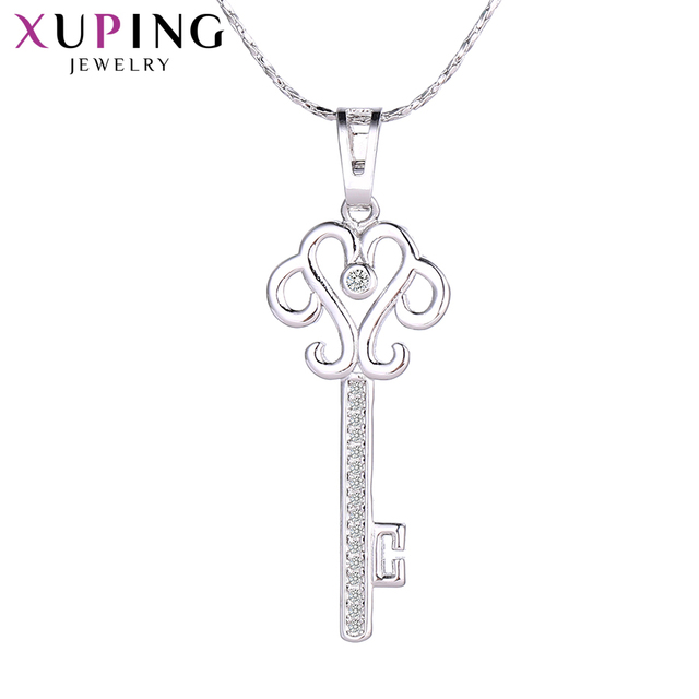 Xuping Fashion Key Pattern Pendant Rhodium Color Plated Charm Design Jewelry for Women Mother's Day Gift M34-30072