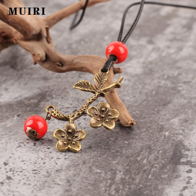 Carved Ethnic Necklaces Pendants For Women Red Beads Fashion Female Jewelry Necklace & Pendant Chain Pendant Necklace Sweater