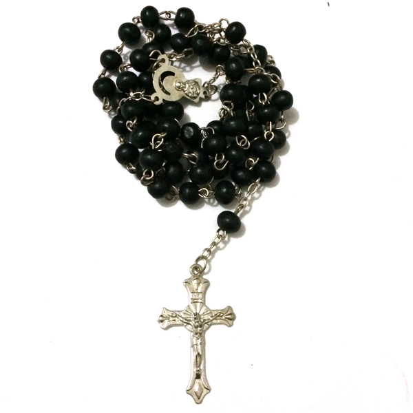 12pcs/lot mix colors Saint benedict Rosary Cross necklace Black wood beads large crucifix St benedict medal