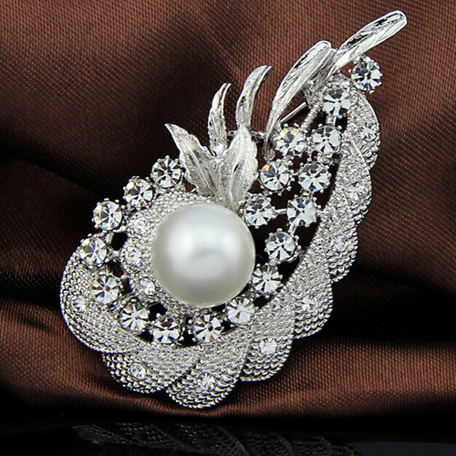 Retail!! Vintage Fashion Exquisite Diamante Pearl Flower Pin Brooch Woman Collar Broach