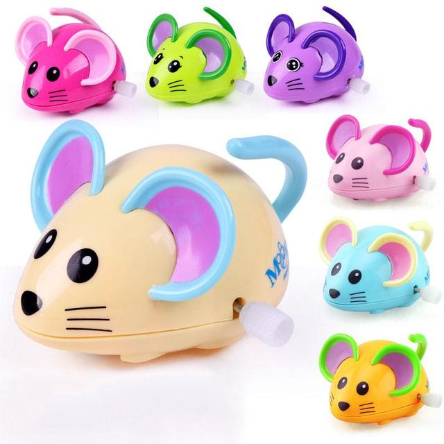 Colorful Cartoon Animals Wind Up Toys Plastic Clockwork Mechanical Wind Up Swing Toy for Kids