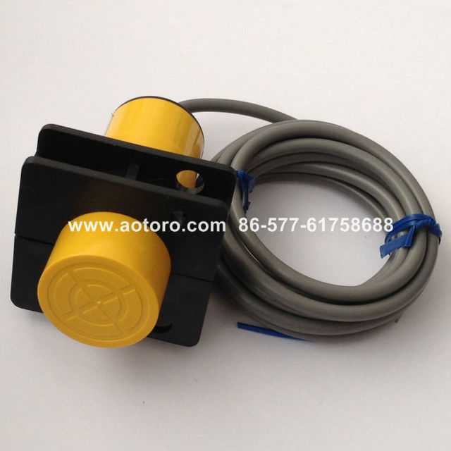 water detection sensor CR34-25DP capactance proximity fuel level switch for water tank