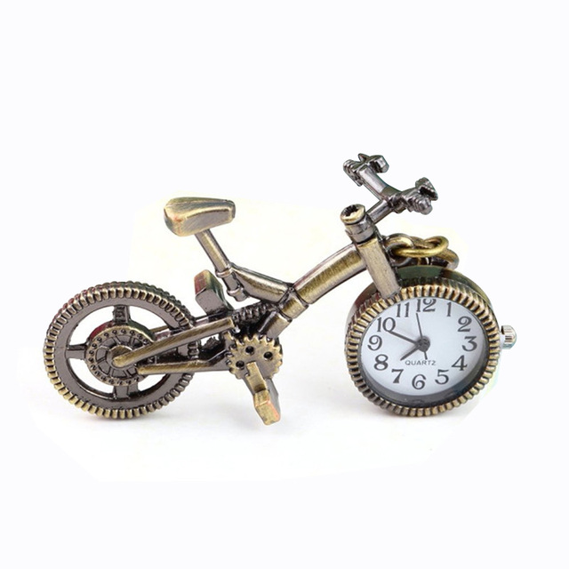 Vintage Charm Steampunk Pocket Watch Bronze Bicycle Quartz Pocket Watch for Men Women Creative Necklace Pendant Clock Chain
