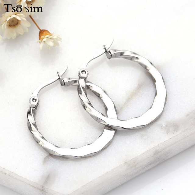 Fashion Women Hoop Earrings Big Circle Earrings Tibetan Silver Ethnic Style Classic Round Large Earrings Femmes Party 27*26mm