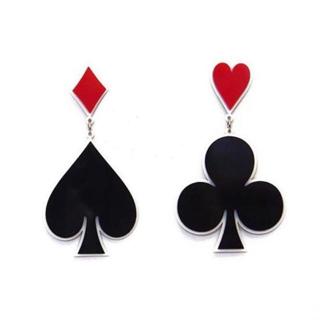Fashion Hip Hop Exaggerated Night Club Dancer Acrylic Playing Card Heart Asymmetric Stud Earrings Women Punk Jewelry