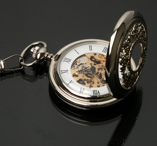 Mechanical Classic Silver Flower Carving Pocket Watch