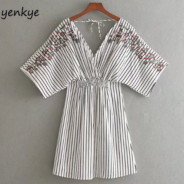 Summer Dress 2018 Women Floral Embroidery Striped Dress Sexy Backless V Neck Loose Sleeve Elastic Waist Casual Dress CCWM8555
