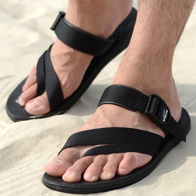 2015 The New Summer Korean Men's Flip Flop Vietnam Beach Shoes Pinch Rome Shoes Breathable Rubber Sole Outdoor Slippers