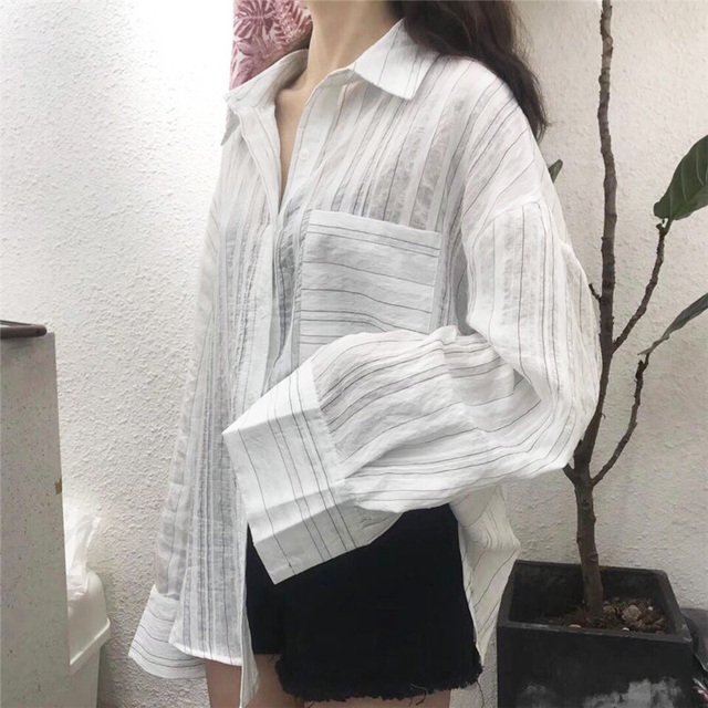 Vogue Striped Pockets Women Shirts Korean 2018 New Autumn Girls Sunscreen Blouses Full Sleeve POLO Neck Femme Casual Loose Tops