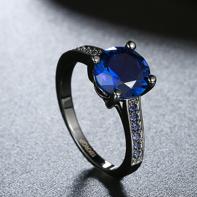 Vintage Pattern Black Gun Plated CZ Blue Crystal stone Party Wedding Rings For Women Christmas Fashion Jewelry Cocktail Ring