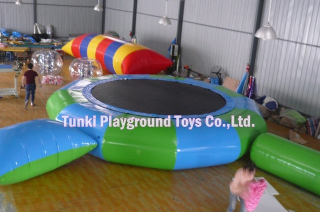 5 meters diameter round inflatable water bouncer with strong springs