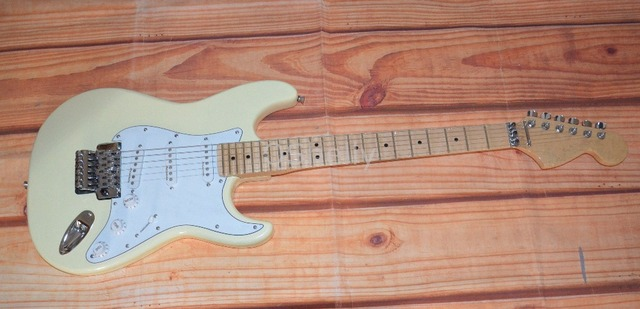 top quality QShelly custom cream maple scalloped fingerboard Yngwie Malmsteen ST electric guitar musical instrument shop