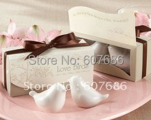Wholesale 50 Pieces Lovebirds Ceramic Salt and Pepper Shakers Wedding Favor Gifts Souvenirs Table Decoration Free Shipping