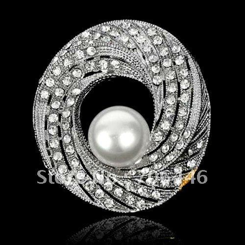 Beautiful Silver Tone Clear Rhinestone Crystal and White Pearl Center Brooch
