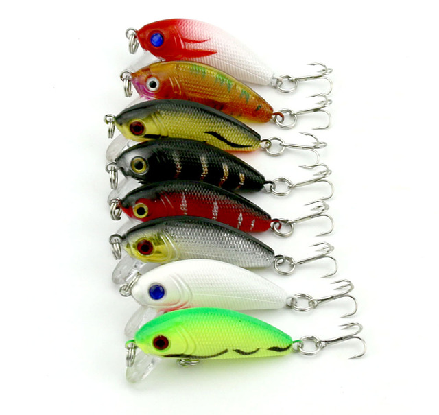 80pcs Fishing lure 5CM 3.6G  fishing tackle trout Classical pesca Minnow bass hard Plastic japan carbon hooks fishing wobblers