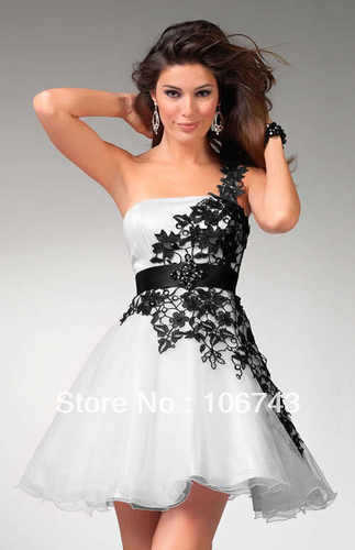brides 2018 New vestido de noiva Sexy Black lace and White Short Prom Homecoming gown one shoulder Party Bridesmaid Dresses