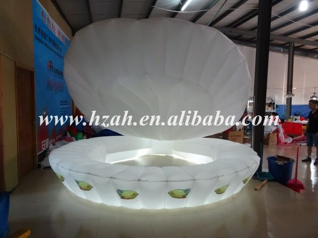 Lighting Inflatable Shells with Fish for Wedding Decoration/Inflatable Clamshell