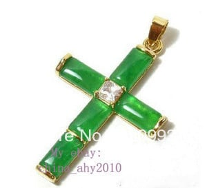 FREE SHIPPING****Green Natural stone crystal Cross Pendant and Necklace